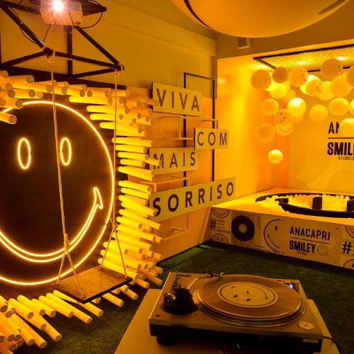 Exposição Smiley + Anacapri: uma experiência reenergizante!