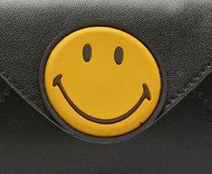 [PRÉ VENDA]Carteira Smiley Preta