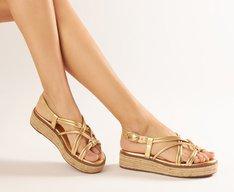 Sandália Dourada Tiras Flatform