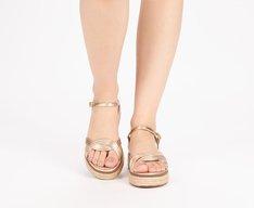 Sandália Flatform Entrelaçada Dourada