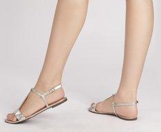 Sandália Tiras Minimalista Dourada