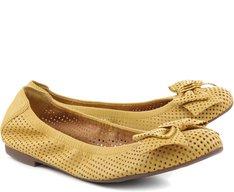 Sapatilha Laço Furadinha Amarela
