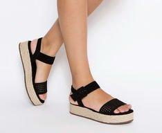 Sandália Flatform Vazado Preto