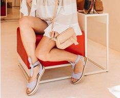Sandália Flatform Listras Azuis
